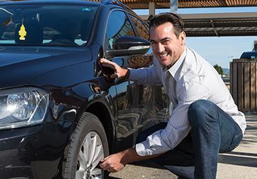 5 provera Vašeg automobila koje možete da obavite sami