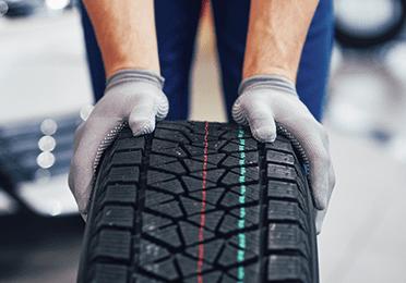 Brza provera pneumatika: potrošenost, starost i pritisak